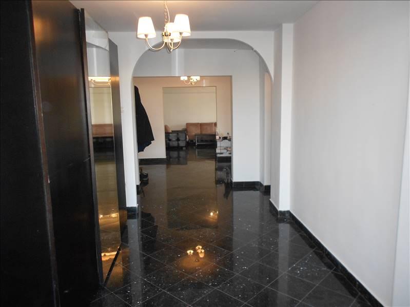 Royal Imobiliare   apartament 4 camere de vanzare in Ploiesti, zona Ultracentral
