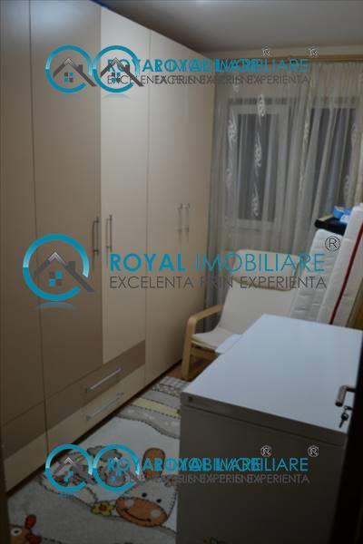 Royal Imobiliare   apartament 3 camere de vanzare in Ploiesti, zona Vest