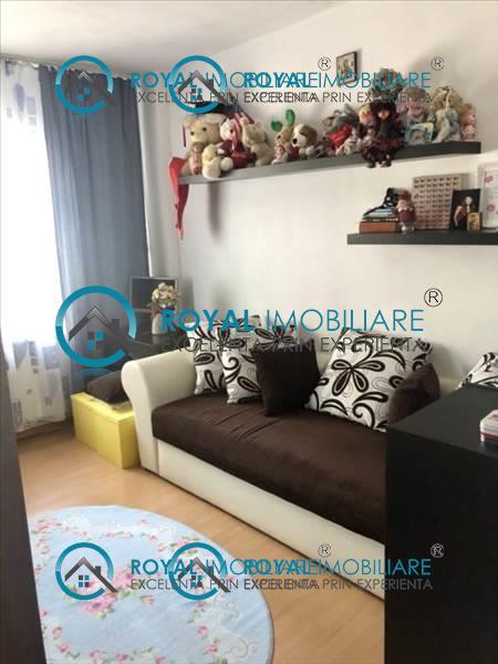 Royal Imobiliare   apartament 3 camere de vanzare in Ploiesti, zona Cantacuzino