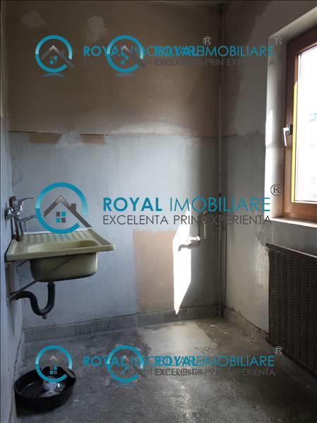 Royal Imobiliare   vanzari garsoniere