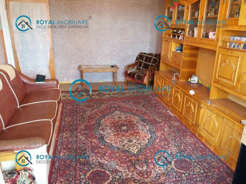 Royal Imobiliare  vanzari de apartamente