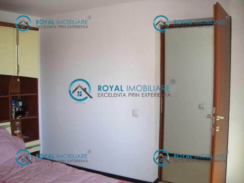 Royal Imobiliare   casa de vanzare in Ploiesti, zona Democratiei