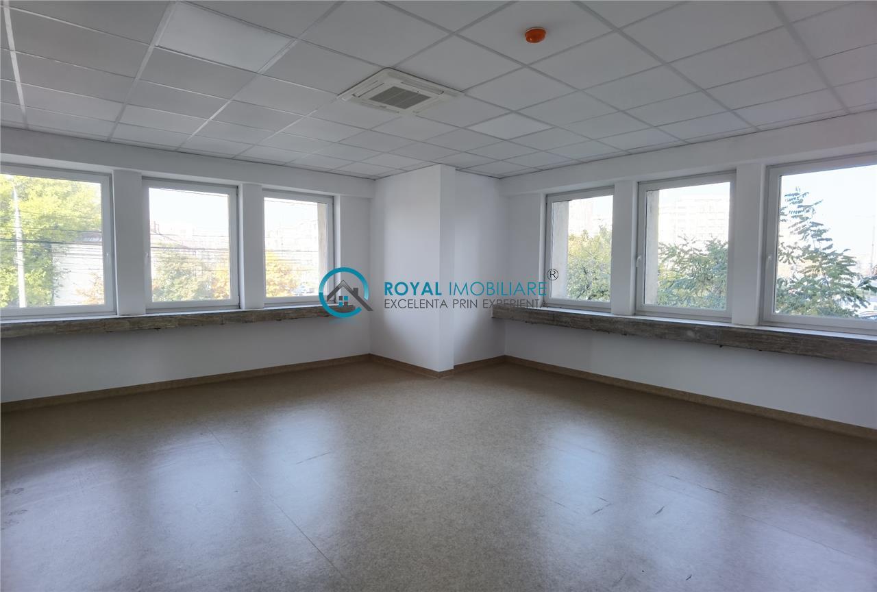 Royal Imobiliare   Spatiu birouri, clinica, zona Ultracentral