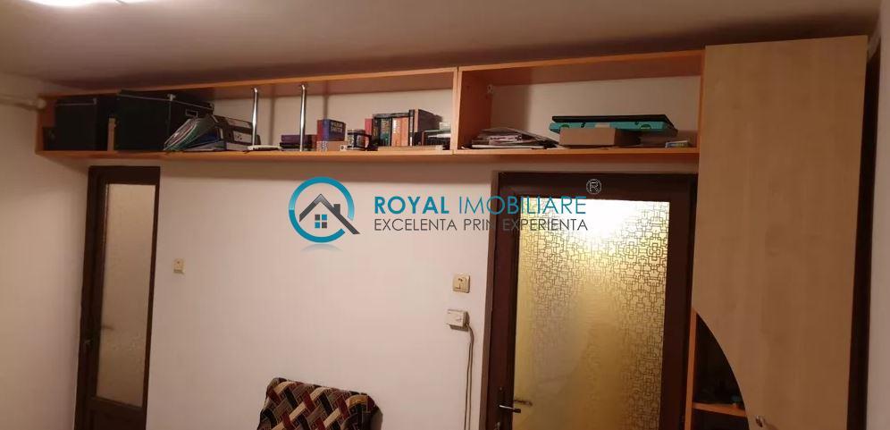 Royal Imobiliare   vanzare garsoniera zona Gheorghe Doja