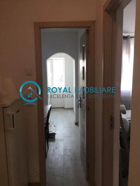 Royal Imobiliare   Vanzari Garsoniere zona 9 Mai