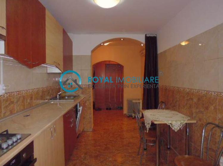 Royal Imobiliare   Vanzari Apartamente B dul Bucuresti