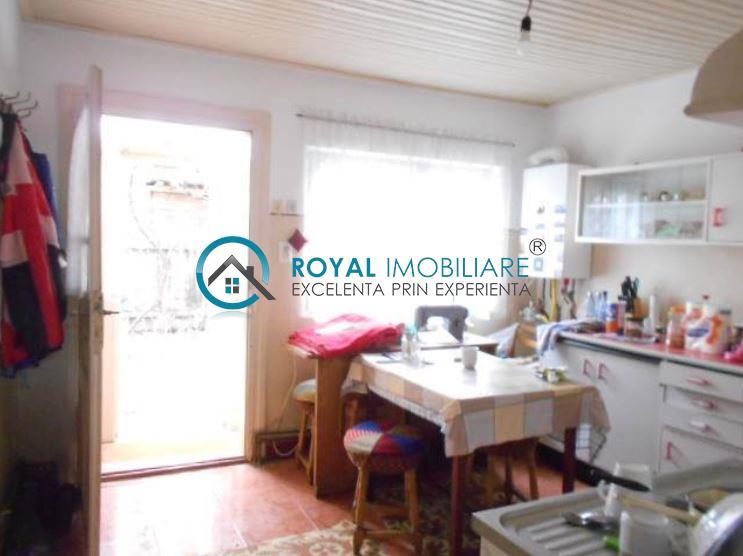 Royal Imobiliare   Vanzari Case zona Republicii