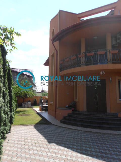 Royal Imobiliare   Inchirieri Vile Republicii