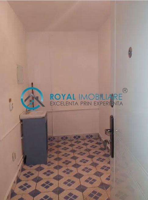 royal Imobiliare   vanzari spatii comerciale zona Vest