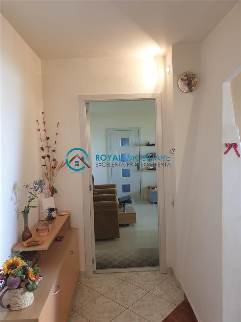 Royal Imobiliare   Vanzari apartamente 2 camere, zona Vest