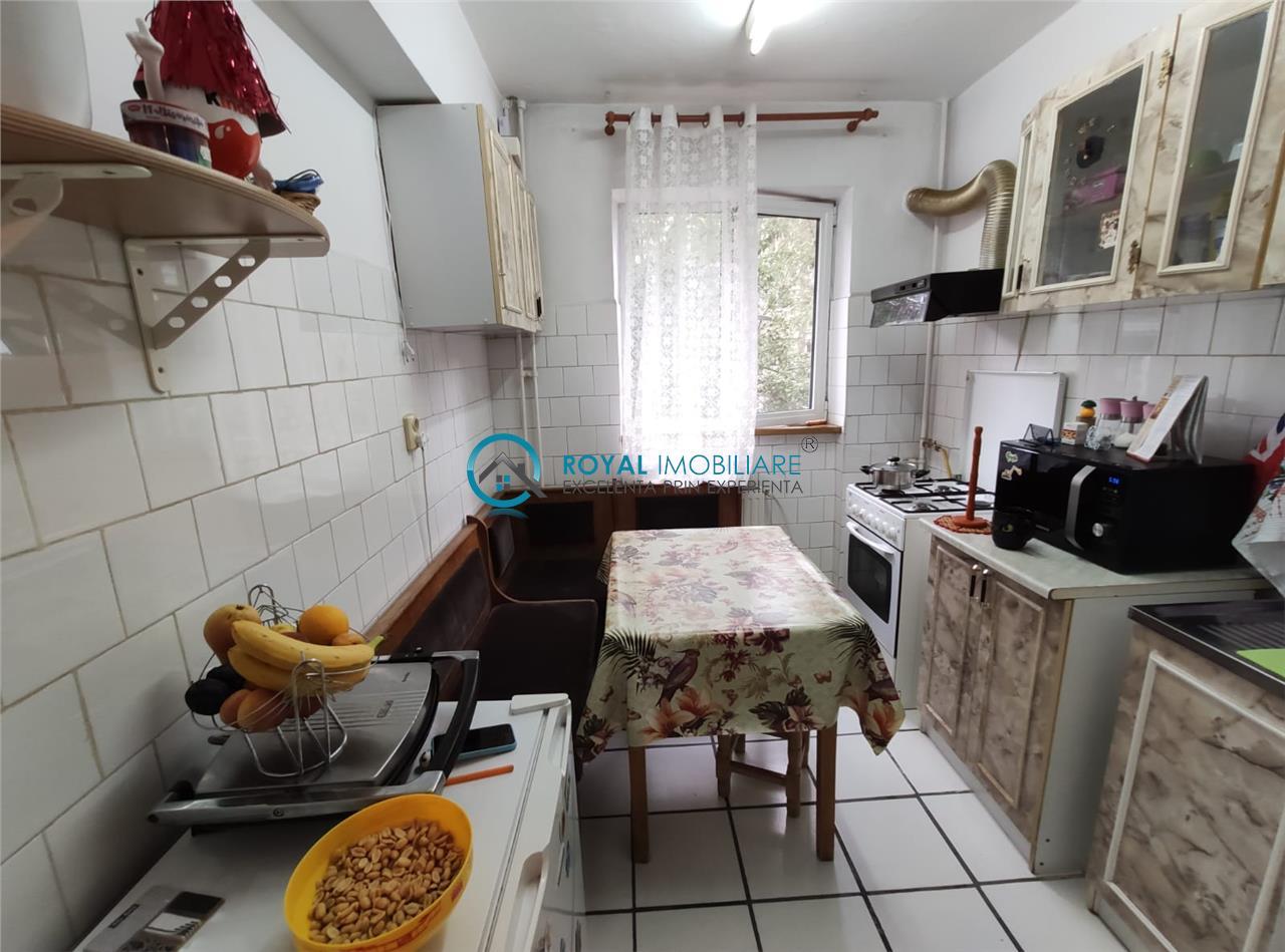 Royal Imobiliare   Vanzari Apartamente zona Mihai Bravu