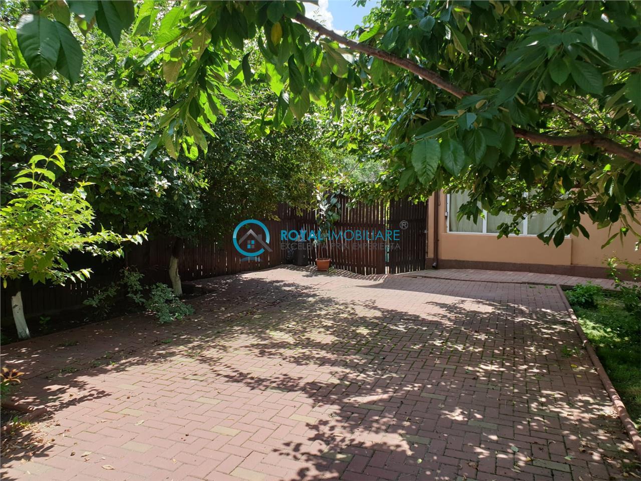 Royal Imobiliare   inchiriere duplex, zona Barcanesti