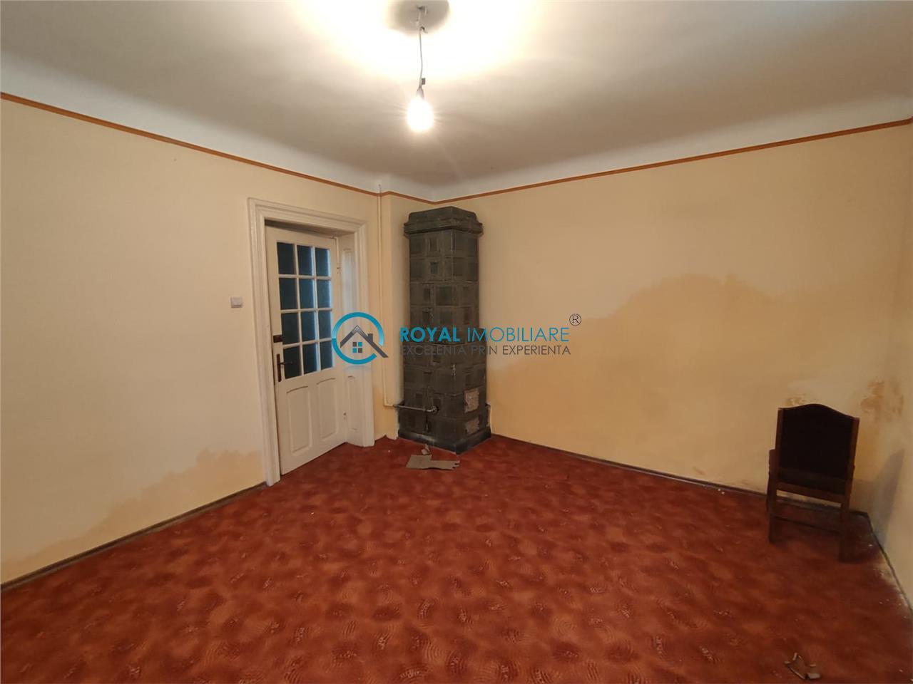 Royal Imobiliare   Vanzare Casa zona Ultracentrala