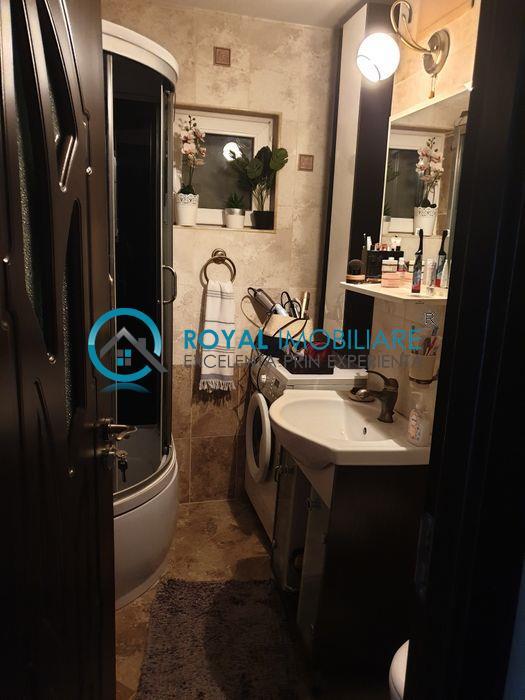 Royal Imobiliare  Vanzare Apartament zona Paltinis