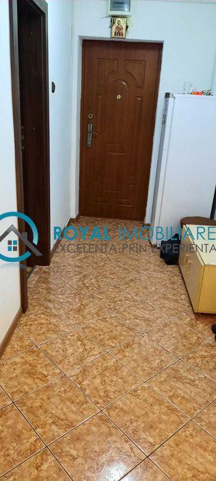 Royal Imobiliare   Vanzari 2 camere zona Cantacuzino