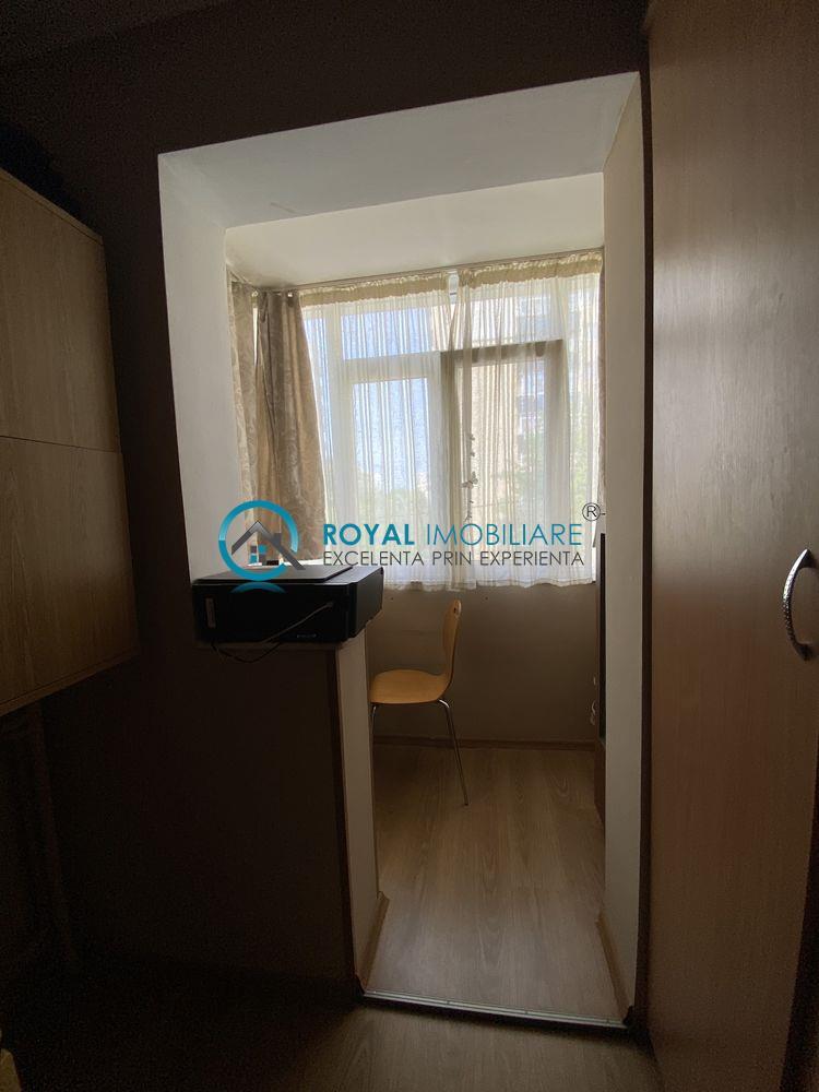 Royal Imobiliare   vanzari 2 camere, zona Vest