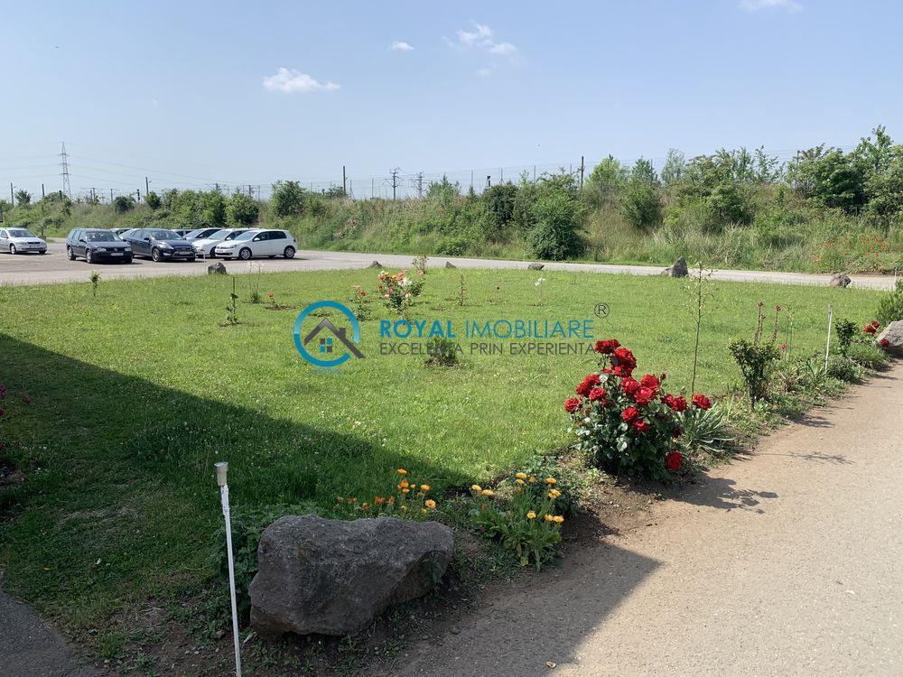 Royal Imobiliare   teren intravilan + cladire birouri