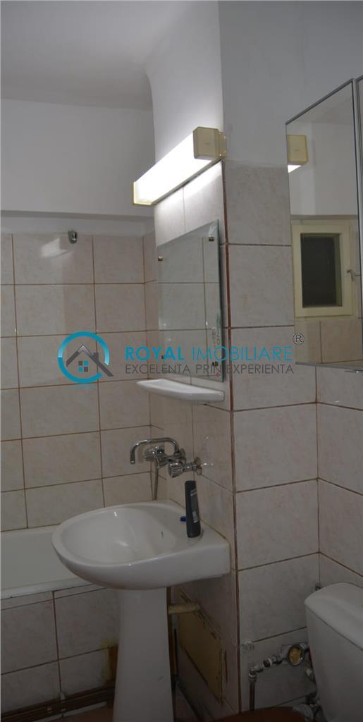 Royal Imobiliare   Vanzari Apartamente 3 camere Ultracentral