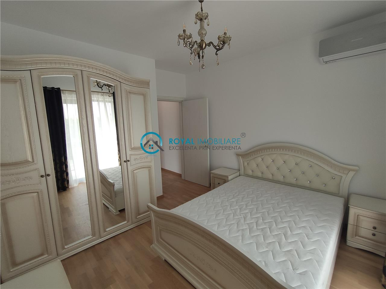 Royal Imobiliare   Inchiriere Apartament de lux 3 camere zona Albert