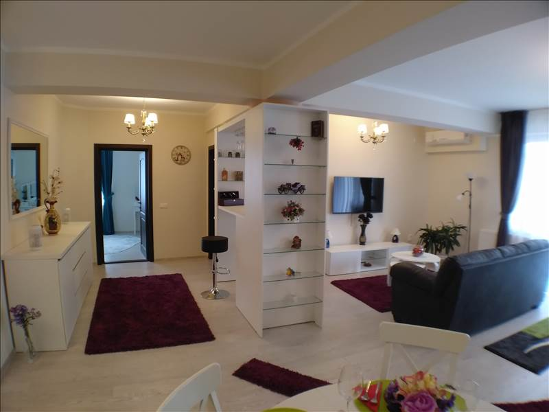 Royal Imobiliare - apartament 3 camere de inchiriat in Ploiesti, zona Albert
