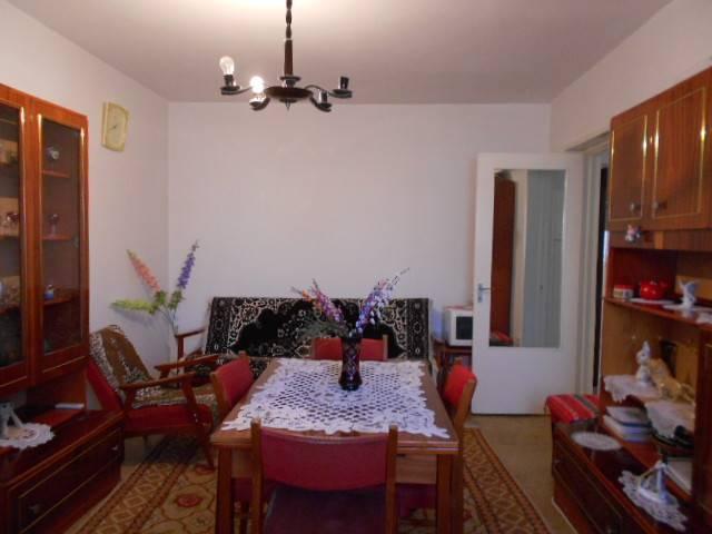 Royal Imobiliare - apartament 3 camere de vanzare in Ploiesti, zona Republicii
