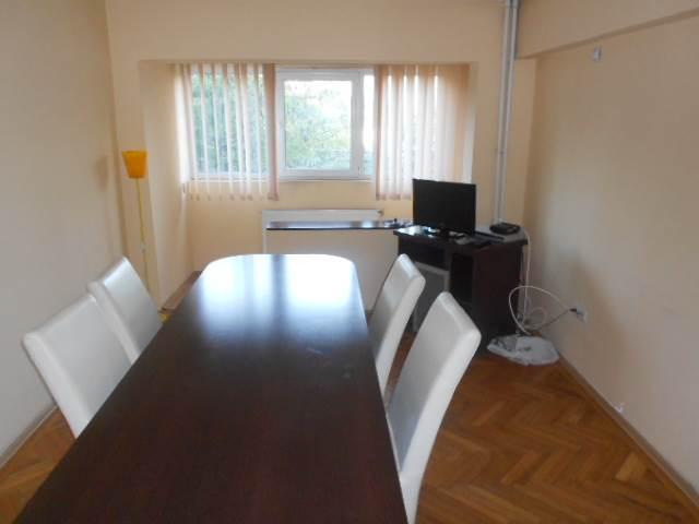 Royal Imobiliare - Inchirieri apartamente 4 camere - Zona Sud