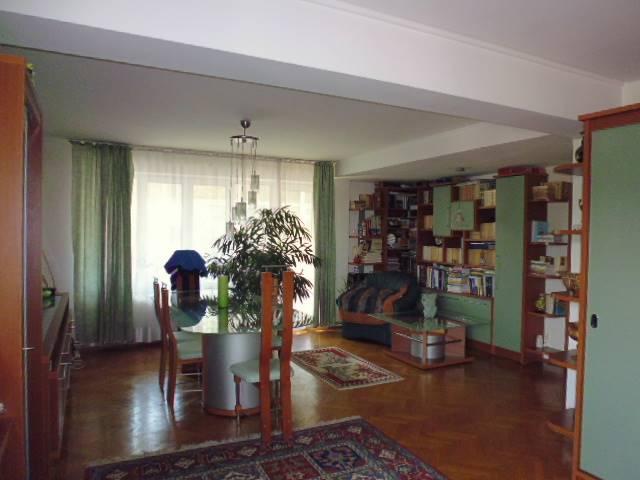 Royal Imobiliare - apartament 4 camere de vanzare in Ploiesti, zona Central