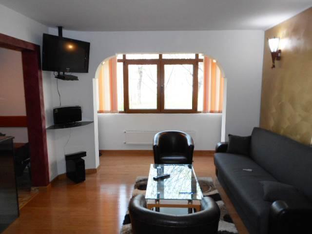 Royal Imobiliare   Inchirieri apartamente 2 camere   Zona Nord