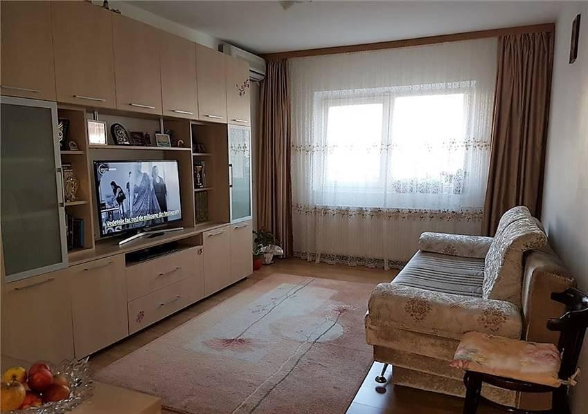 Royal Imobiliare - apartament 2 camere de vanzare in Ploiesti, zona 9 Mai