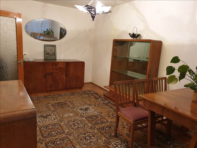 Royal Imobiliare - apartament 3 camere de vanzare in Ploiesti, zona Nord