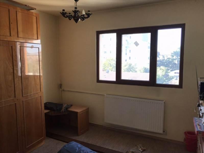 Royal Imobiliare   apartament 3 camere de vanzare in Ploiesti, zona Sud