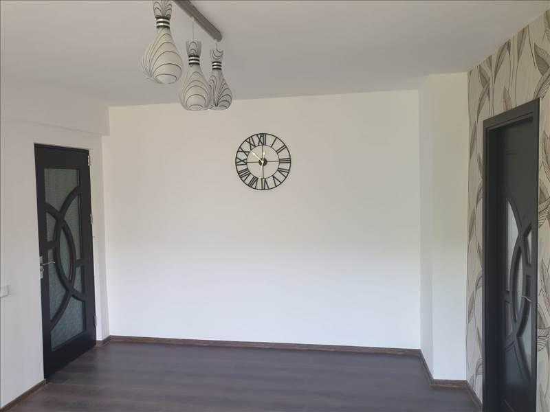 Royal Imobiliare   apartament 3 camere de vanzare in Ploiesti, zona Nord   Spitalul Judetean