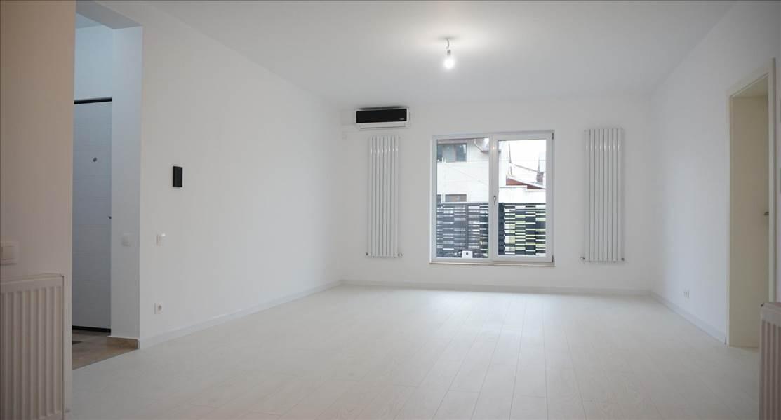 Royal Imobiliare - Vanzari apartament 4 camere