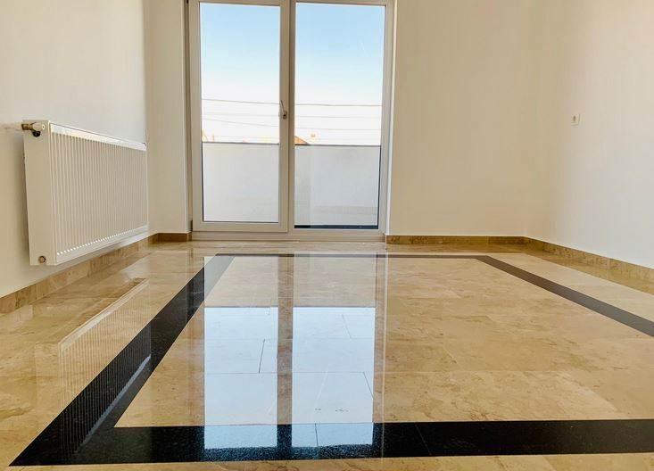 Royal Imobiliare   apartament 4 camere
