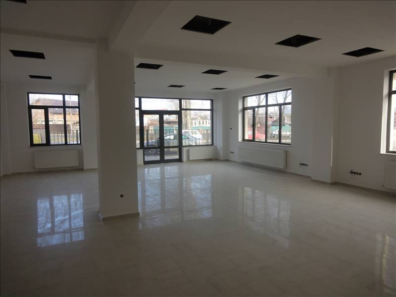 Royal Imobiliare - spatiu de birou de inchiriat in Ploiesti, zona Mihai Bravu