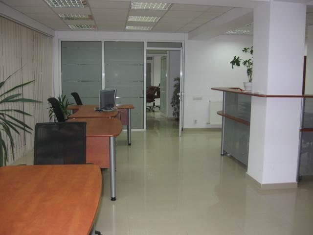 Royal Imobiliare - spatiu de birou de inchiriat in Ploiesti, zona Republicii