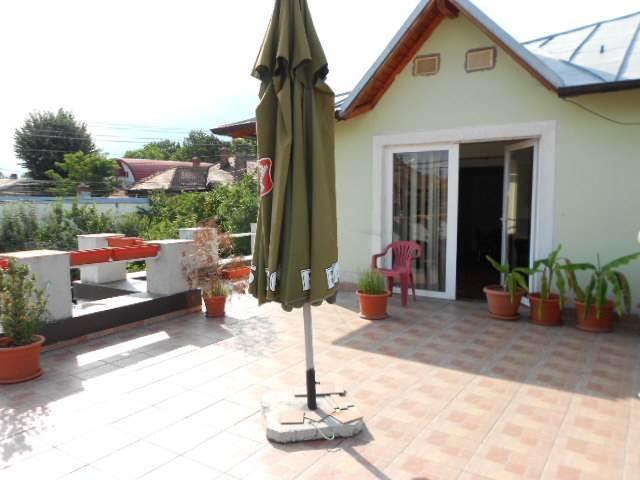 Royal Imobiliare - Vanzari case/vile - Zona Central