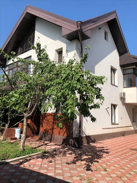 Royal Imobiliare - casa de vanzare in Ploiesti, zona P-ta Mihai Viteazu