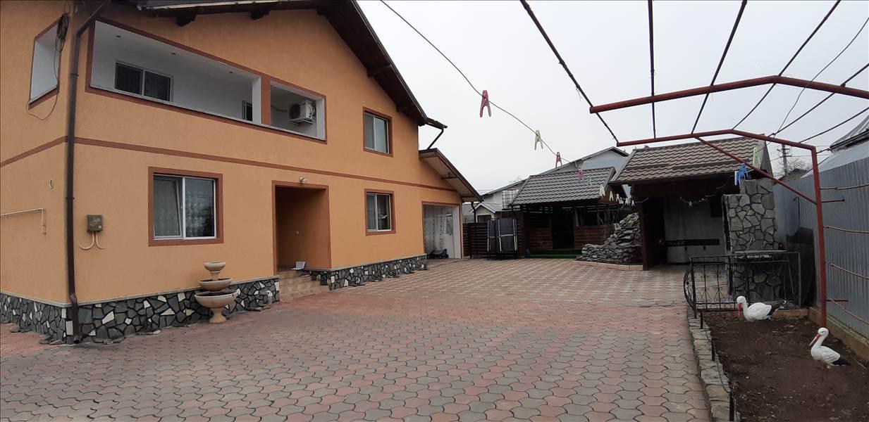 Royal Imobiliare - casa de vanzare in Baicoi, zona Central