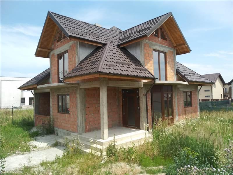 Royal Imobiliare - vanzari case/vile