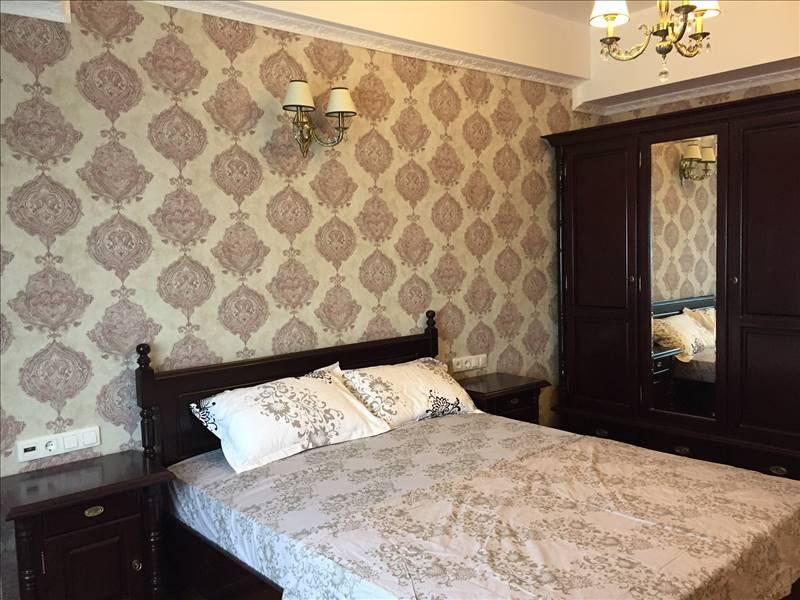 Royal Imobiliare   apartament 3 camere de inchiriat in Ploiesti, zona Republicii