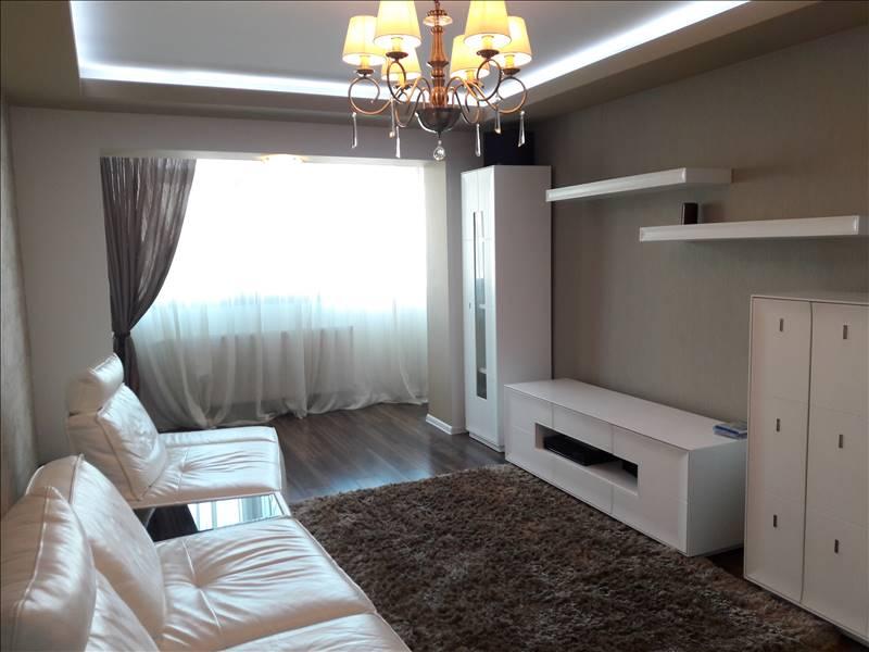 Royal Imobiliare - apartament 4 camere de inchiriat in Ploiesti, zona Ultracentral