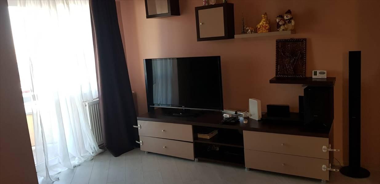 Royal Imobiliare - apartament 4 camere de inchiriat in Ploiesti, zona Vest