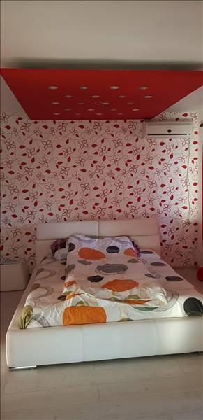 Royal Imobiliare   apartament 4 camere de inchiriat in Ploiesti, zona Vest