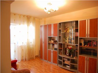 Royal Imobiliare - Inchirieri apartamente 3 camere - Zona 9 Mai