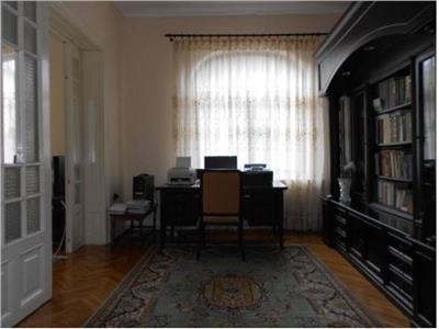 Royal Imobiliare - Vanzari Vile zona centrala