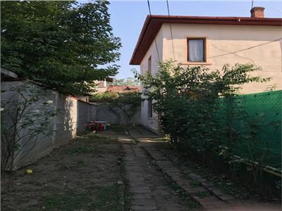 Royal Imobiliare   Apartament in Vila Democratiei