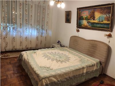 Royal Imobiliare   Vanzari Apartamente zona Democratiei