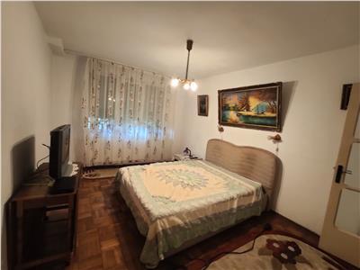 Royal Imobiliare - Vanzari Apartamente zona Democratiei