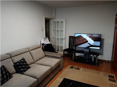 Royal Imobiliare - vanzare apartament 3 camere Ultracentral